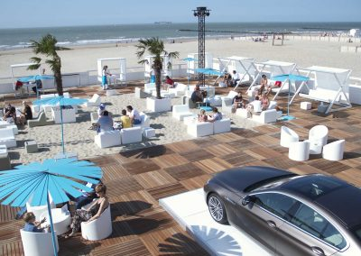 P90155668-bmw-beach-lounge-07-2014-2006px